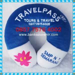 Bantal Leher Promosi Travel Pass Tours & Travel