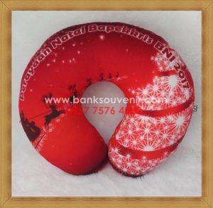 Bantal Leher Souvenir Natal