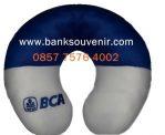Bantal Leher Souvenir Bank BCA
