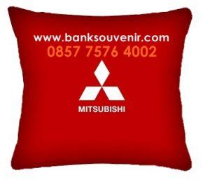 Bantal kotak Promosi Mitsubishi