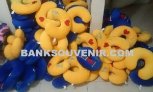 Bantal Leher Promosi Travel Custom