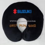 Bantal Leher Souvenir Suzuki