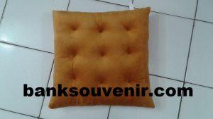 Bantal Sofa Kotak Brownie