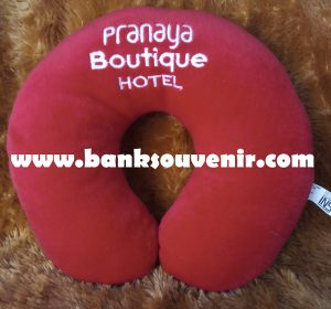 Bantal Leher Hotel Custom