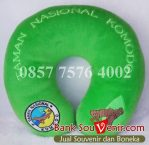Souvenir bantal custom Taman Nasional Komodo (green)