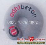 Bantal leher souvenir ekslusif logo adhi beton