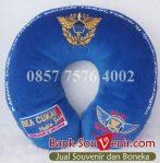 Souvenir bantal custom Bea Cukai
