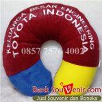 Bantal leher custom Toyota Indonesia