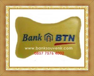 Bantal Tulang Souvenir Bank BTN