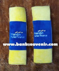 Souvenir Seat Belt Mandiri Finance
