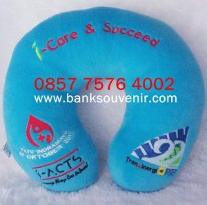 Souvenir Bantal Custom Event i-Care & Succeed