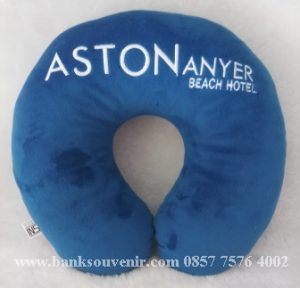 Souvenir Bantal Custom Aston Anyer Beach Hotel