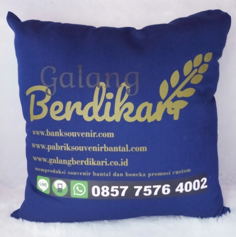 bantal custom foto