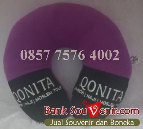souvenir perusahaan eksklusif Qonita Tour