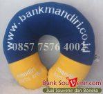 Bantal leher souvenir Bank Mandiri – Kartu Kredit