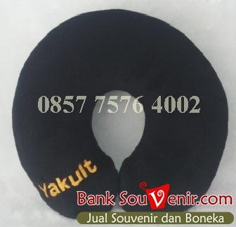 souvenir promosi perusahaan Yakult