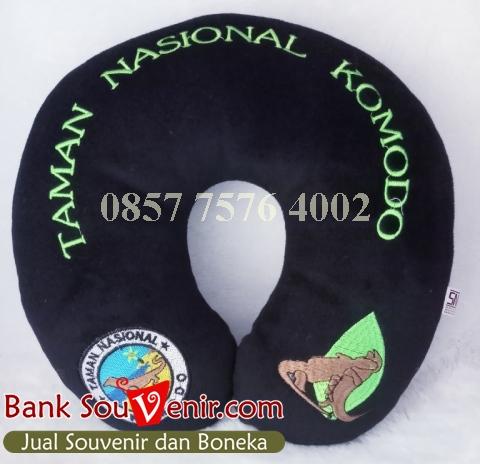 Souvenir bantal custom Taman Nasional Komodo