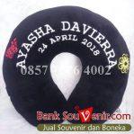 souvenir bantal ultah Ayasha