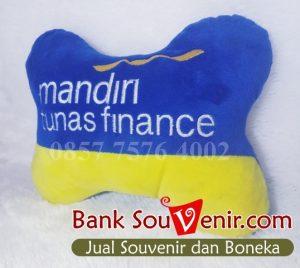 Bantal Leher Mobil Custom di Jakarta Utara