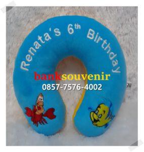 melayani pengiriman bantal leher bordir di DKI Jakarta