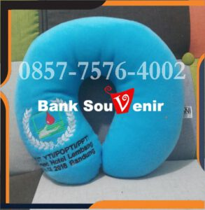 Melayani pengiriman bantal souvenir di Bangka dan di kota kota besar lainnya